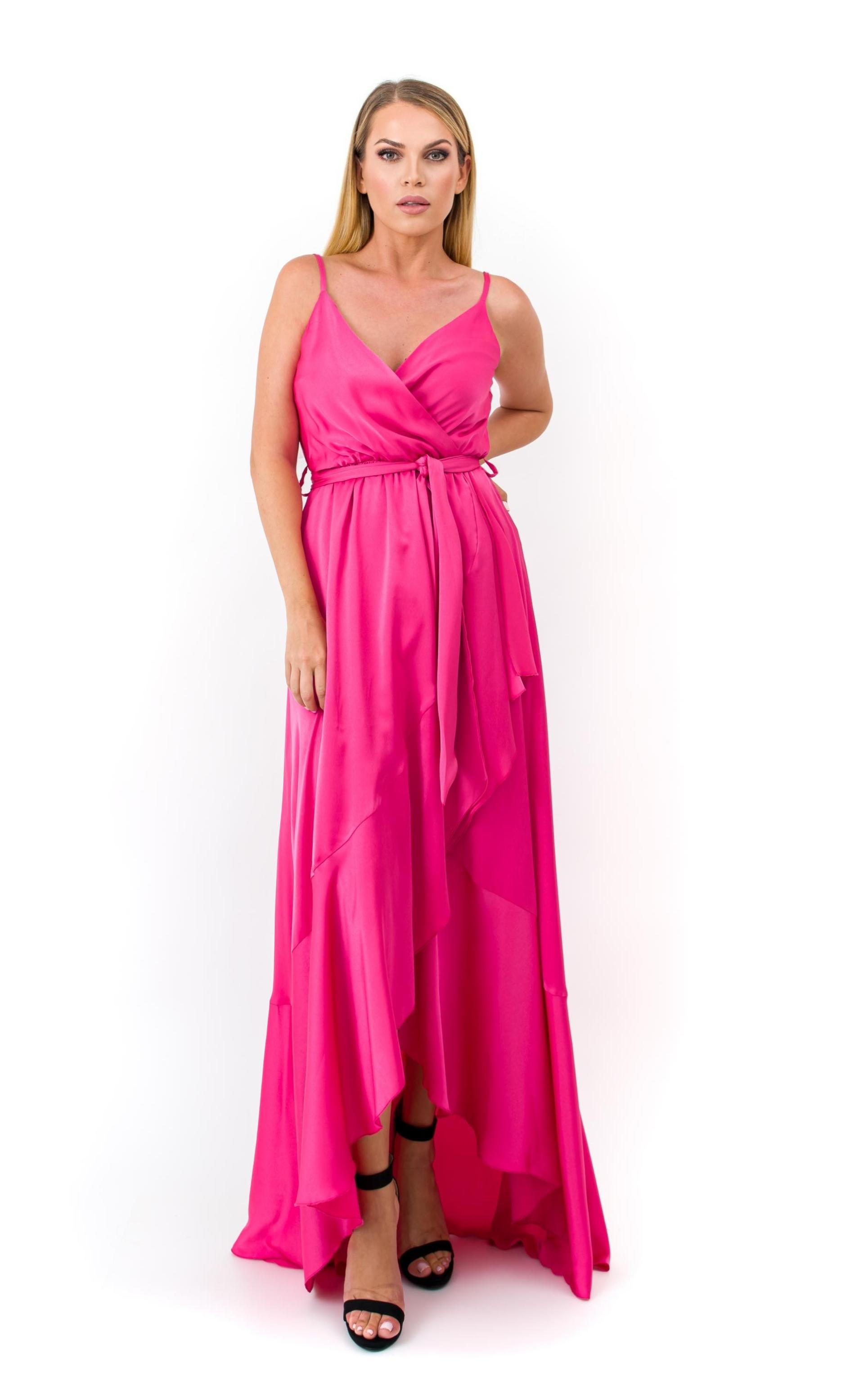 Ασύμμετρο φόρεμα με βολάν image